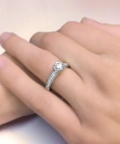 טבעת אירוסין, טבעת אירוסין מיוחדת, טבעתאירוסין זהב לבן, טבעת יהלום, הצעת נישואין, לויס תכשיטים, טבעת נישואין בורסה
