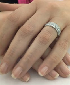 טבעת בנד, טבעת בנד משובץ, טבעת זהב לבן, טבעת זהב לבן ויהלומים, טבעת יהלומים, טבעת חצי נישואין, טבעת שורה, טבעת תואמת, טבעת מתנה, מתנת לידה, מתנה ליום נישואין, טבעת שורה, טבעת בנד, לויס תכשיטים, טבעות אירוסין מיוחדות, טבעות אירוסין מעוצבות, טבעות אירוסין קלאסיות, טבעות אירוסין המלצות, טבעות אירוסין וינטג', טבעות אירוסין עדינות, סט טבעות אירוסין, טבעות אירוסין קטלוג