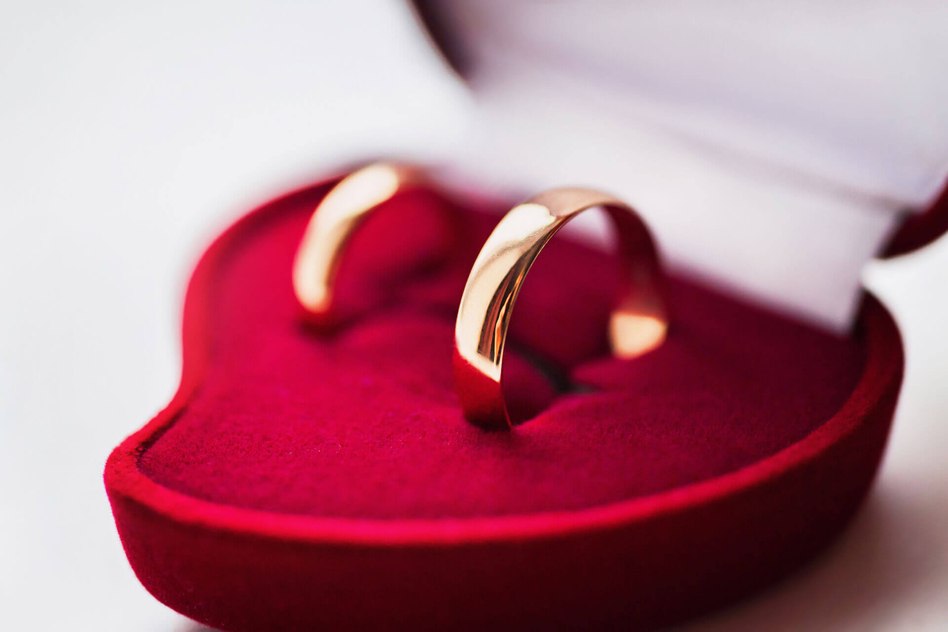 איך לבחור טבעת אירוסין מושלמת