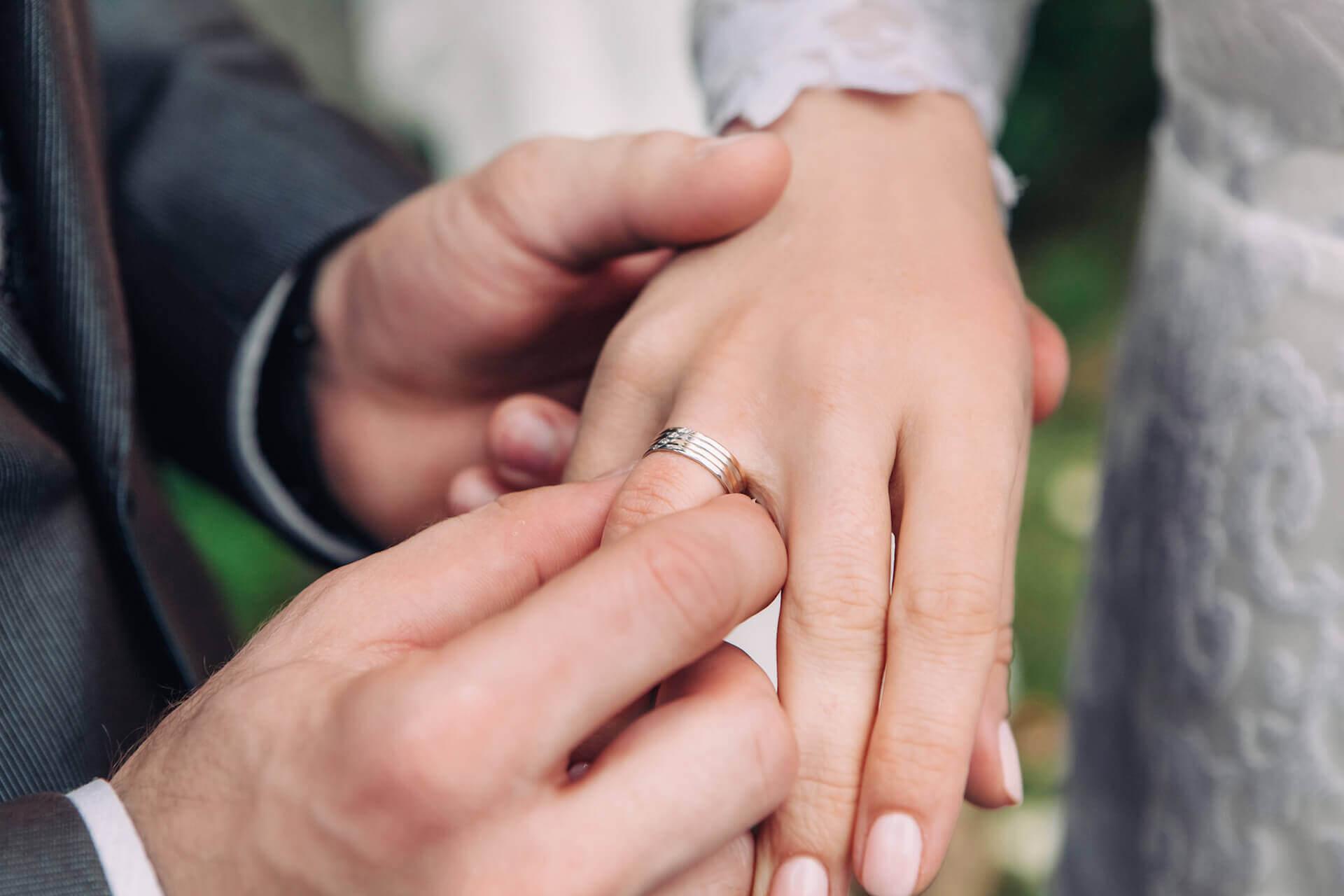 איך לבחור טבעת נישואין?